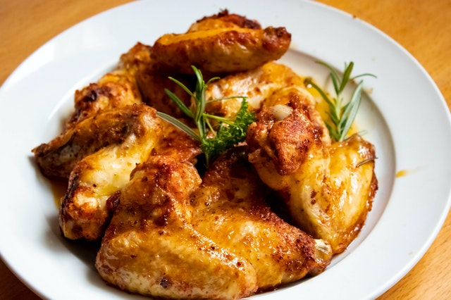 how long is cooked chicken good for in the fridge